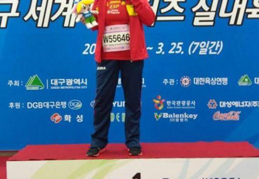 A atleta ordense Ánxeles Rodríguez obtén a medalla de ouro no Campionato Mundial de Atletismo para Veteranos