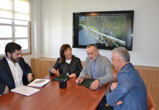Cambre e Xunta asinan o convenio para a limpeza do Río Mero