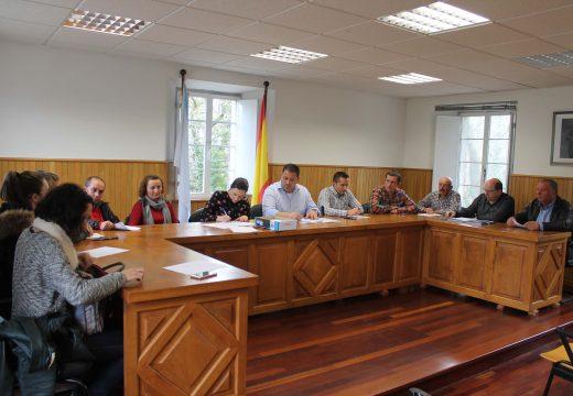 O Pleno de Frades aproba por unanimidade solicitar xunto a Ordes un obradoiro de emprego de case 280.000 euros