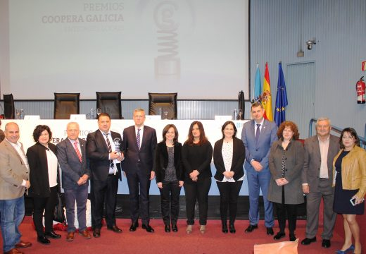 A Mancomunidade de Ordes recibe o primeiro premio Coopera Galicia por ConectaCIM, que facilita o acceso non presencial das usuarias do CIM