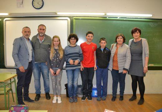 Cambre felicita aos campións do certame de matemáticas do CEIP Portofaro