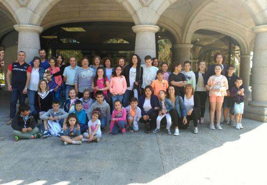 Veciños e veciñas de Frades participan nunha viaxe cultural á Casa das Ciencias e ao Museo de Belas Artes da Coruña