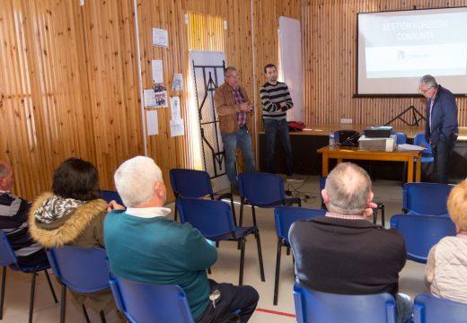 O Concello de San Sadurniño comprométese coa veciñanza a colaborar na posta en marcha de agrupacións para a xestión conxunta dos montes