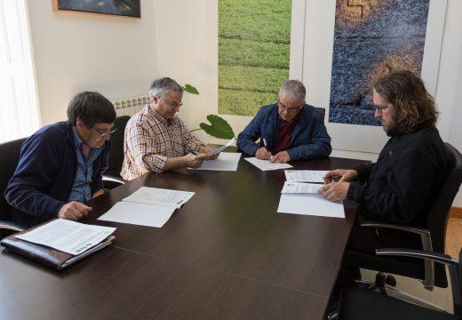 O Concello de San Sadurniño suscribe convenios con AGA, coa AGFA do Eume e coa asociación agroecolóxica A Cortiña