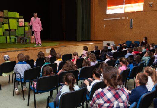 A Biblioteca municipal de San Sadurniño e a área de Igualdade proseguen cos actos do Día do Libro