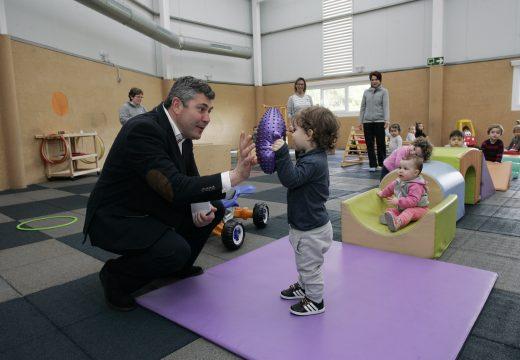 O luns remata o prazo de solicitude para as 3.502 prazas que ofrece a Xunta na Coruña a través da rede de escolas infantís