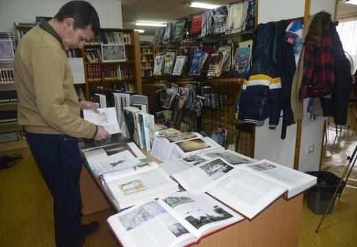 Unha exposición literaria sobre Maruxa Mallo na Biblioteca Municipal de Riveira homenaxea o día das artes galegas