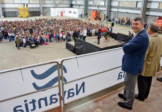 Ovidio Rodeiro asistiu á gravación do vídeo das Letras Galegas na que participaron máis de mil escolares de toda a provincia