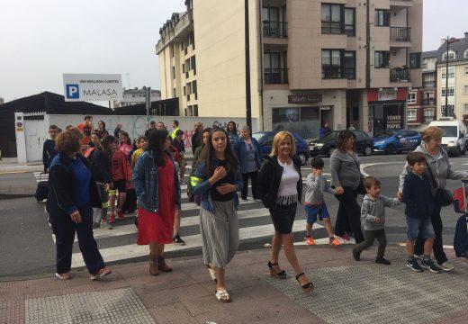 Os alumnos de O  Graxal estrean  a súa senda escolar segura