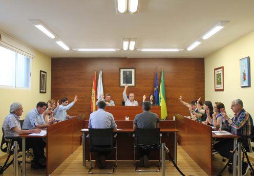"""Manuel Mirás anuncia as próximas aperturas do enlace sur da AP-9 e do punto de reciclaxe """"Oroso verde"""""""