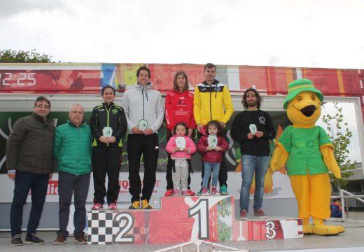 Nuno Costa e Belén Bascoy gañan con autoridade a V Carreira Pedestre Concello de Oroso, na que participaron máis de 400 atletas