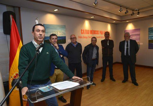 """Un total de 34 pinturas conforman a exposición """"Catro médicos por Riveira"""""""
