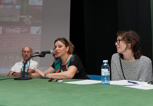 Rocío Rodríguez Longa fala de deporte e igualdade na presentación da IV Carreira popular que se celebra o domingo en San Sadurniño