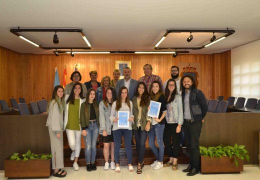 Alumnos da Facultade de Turismo e Empresariais da UDC presentan un proxecto de lecer adaptado para o río Mero