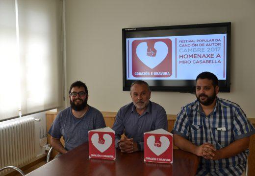 Cambre reivindica a Miro Casabella nunha homenaxe con Paco Ibáñez como convidado