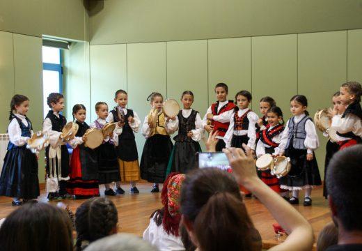 O Concello de Brión clausura o curso das súas escolas municipais de danza e baile tradicional
