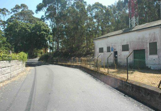 O concello pavimenta 475 metros liñais de camiño no lugar riveirense de Fafián