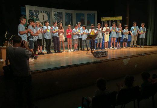 Bombiglobo estrea este sábado «De camiño á realidade» na Casa da Cultura de San Sadurniño