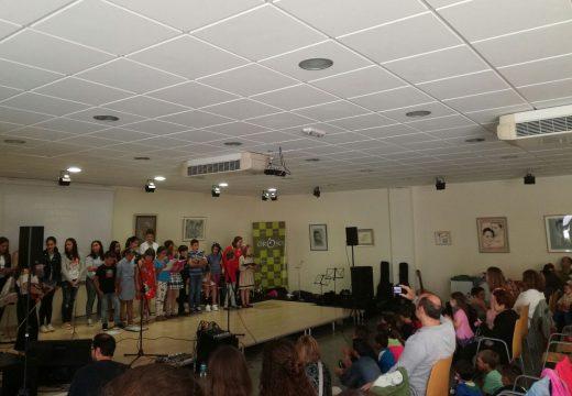 O alumnado da Escola de Música José Verea de Oroso volve encher o centro cultural de Sigüeiro no seu concerto de fin de curso