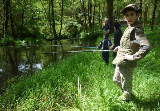 Touro organiza o próximo sábado 8 de xullo a III Xornada de Pesca Infantil