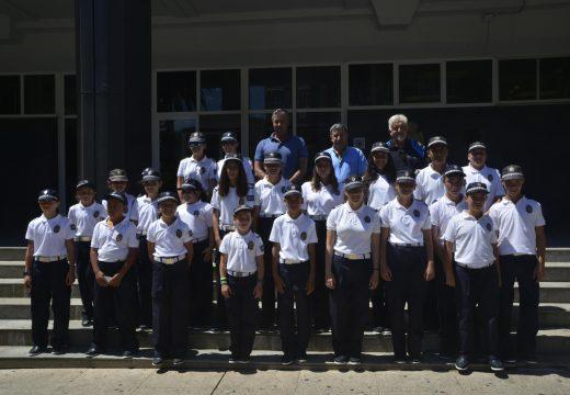 Dezaoito nenas e nove nenos integran a 22ª promoción da Policía Infantil de Riveira