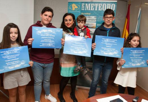 Medio Ambiente entrega os premios aos galardonados no  concurso fotográfico 'Entendendo as Nubes' con motivo do Día Mundial da Educación Ambiental