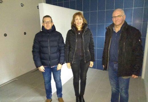A secretaria xeral para o Deporte comproba o estado do polideportivo de Bergondo en Noia (A Coruña) tras as obras de construción dos vestiarios