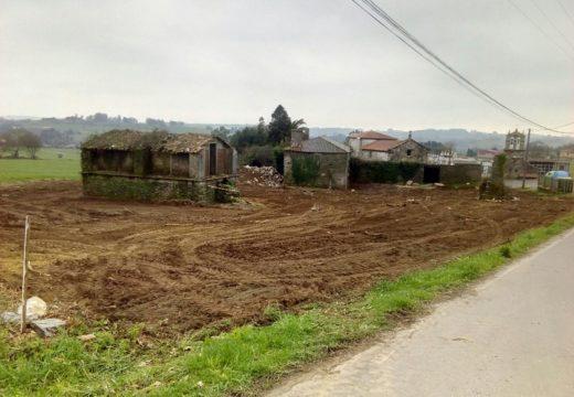 O Concello de Ordes inicia as obras de construción dun aparcamento na parroquia de Vilamaior