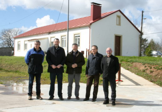 Visita do delegado da Xunta e do director xeral de AGADER ao local social de Poulo