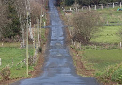 Moeche inicia a reparación da estrada entre Labacengos e Loira