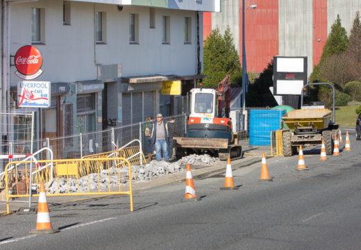 A chegada do bo tempo marca o inicio das obras na Avenida das Pías