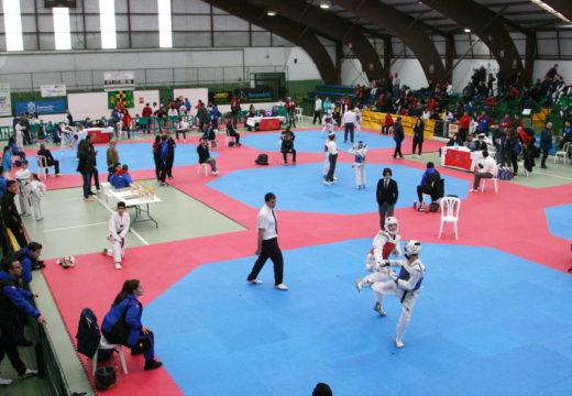 Gran afluencia de taekwondistas e público no Campionato Galego de Taekwondo Sub 21 e Cadete celebrado en Ordes