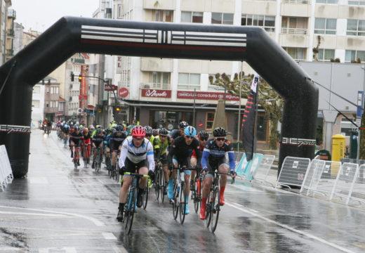 Máis de 100 corredores participan no I Trofeo Ciclista Concello de Ordes