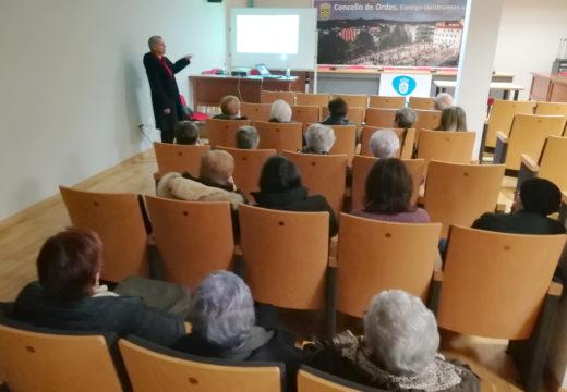 A atención social ás persoas enfermas, tema da última charla informativa da AECC