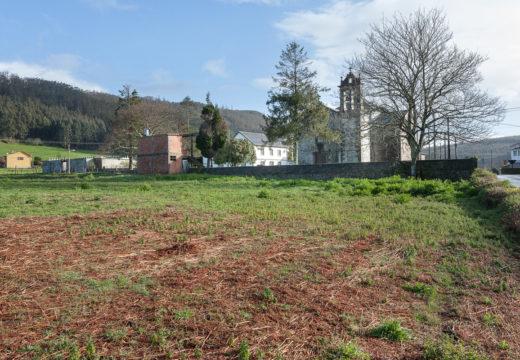 Santa Cruz contará cun novo aparcadoiro a carón da igrexa parroquial