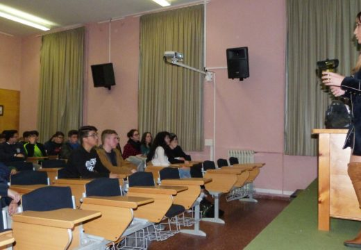 O Concello de Noia busca a implicación dos escolares do municipio na campaña de prevención contra as raíñas de avespa velutina