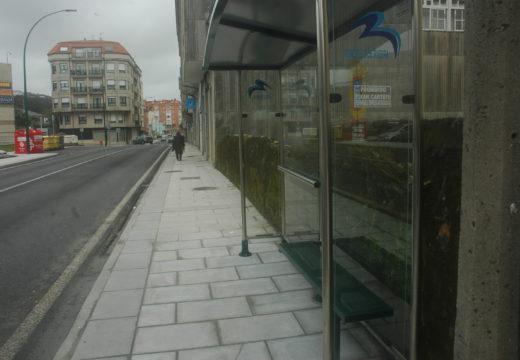 Cambio de marquesina na Avenida da Coruña para eliminar unha barreira arquitectónica