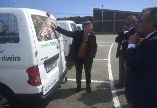Vinte novos vehículos permitarán mellorar o servizo de limpeza do municipio