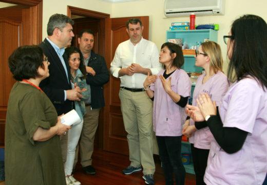 O delegado territorial da Xunta visita a unidade de Atención Temperá da Mancomunidade