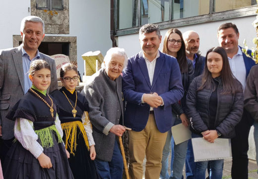 O Centro de Interpretación do Pico Sacro xa conta cun monólito na honra de Antía Cal