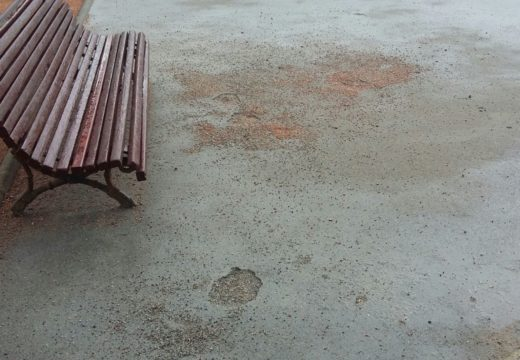 O concello prohibirá o uso de patinetes na explanada acondicionada no parque de Abesadas ao danar a superficie
