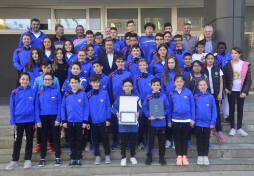 Recepción no concello ao Natural Sport polos campionatos galegos cadete e sub 21