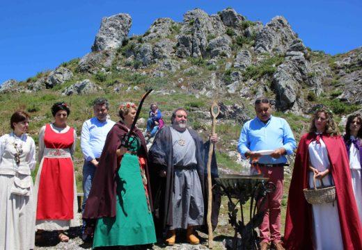 O Pico Sacro acolleu a lendaria Cerimonia do Lume Sagrado da man das tribus celtas