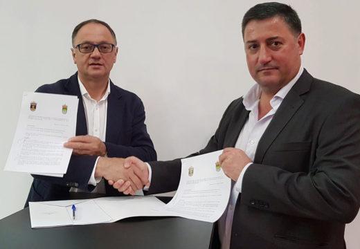 O Concello de Boqueixón renova o acordo para o servizo de abastecemento de auga potable á parroquia de Gres, en Vila de Cruces