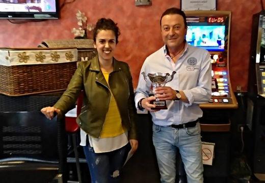 O Bar Ubaldo recibe o premio do segundo concurso de pinchos de Moeche