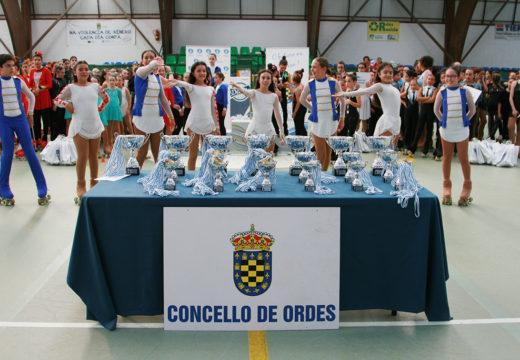 370 patinadores e patinadoras de 15 equipos danse cita no IV Trofeo Concello de Ordes de Patinaxe Grupos Show