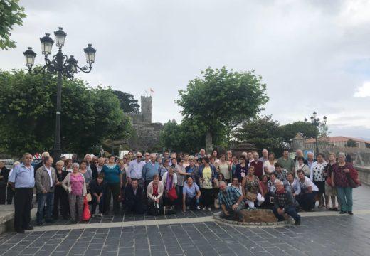 100 veciños e veciñas de Touro visitan Vilanova de Cerveira e Baiona