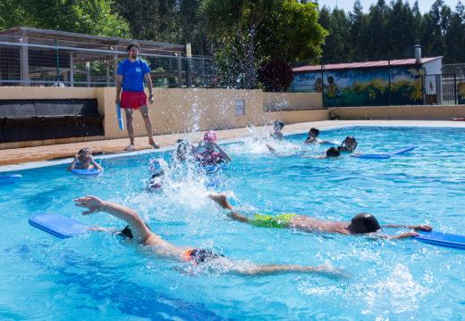 A piscina municipal de San Sadurniño bate as súas marcas de afluencia de público