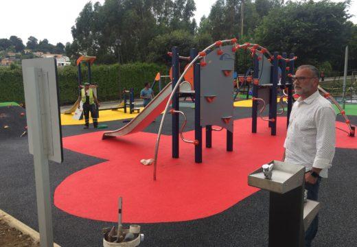 Cambre abre o parque infantil da Barcala