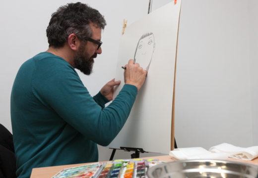 O artista Leandro Lamas pintará un dos seus cadros no mercado local de San Sadurniño do domingo 28